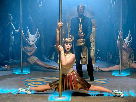 Katy Perry Dark Horse Outfit ... : Juicy J impressed by Katy Perry's 'Dark Horse' pole dancing...