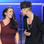 Pattie Mallete dan anaknya, Justin Bieber. ©pressparty